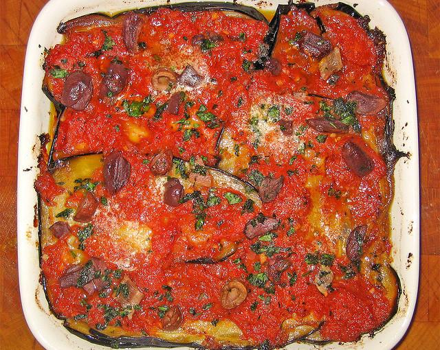 Włoskie potrawy oraz lokalne mięso sezonowane